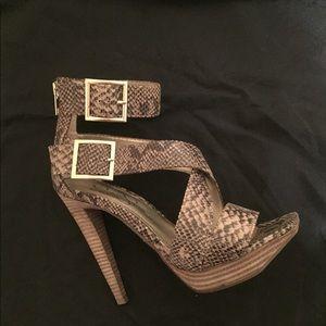Jessica Simpson Snake Platform Heels